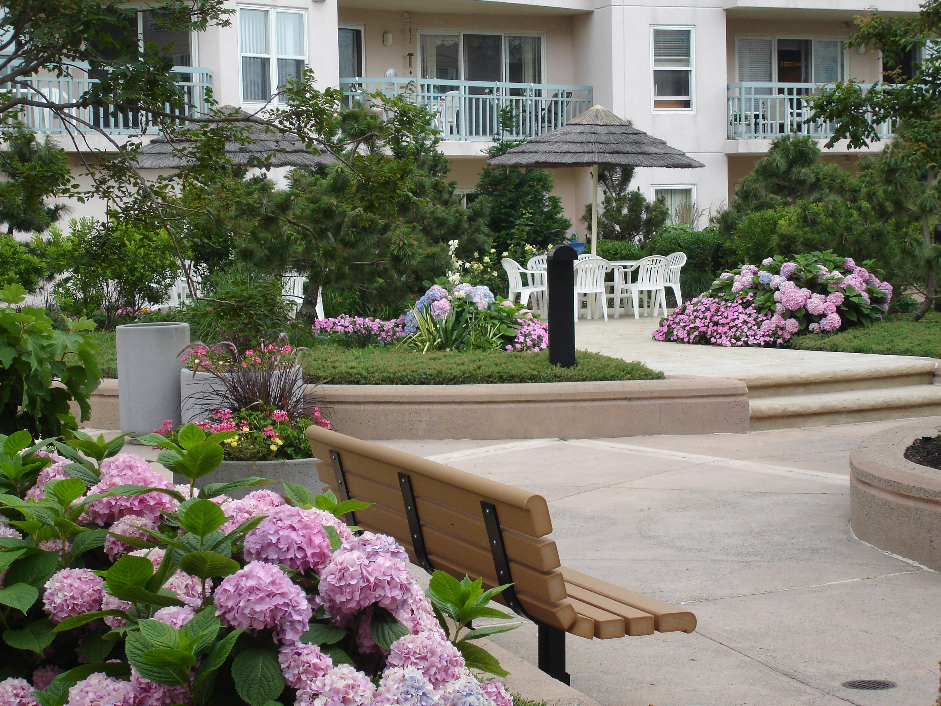Seapointe Village Wildwood landscaping
